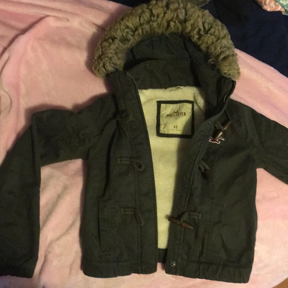 Hollister Jackets & Blazers - Hollister jacket xs army green!